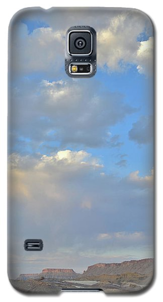 High Clouds Over Caineville Wash Galaxy S5 Case