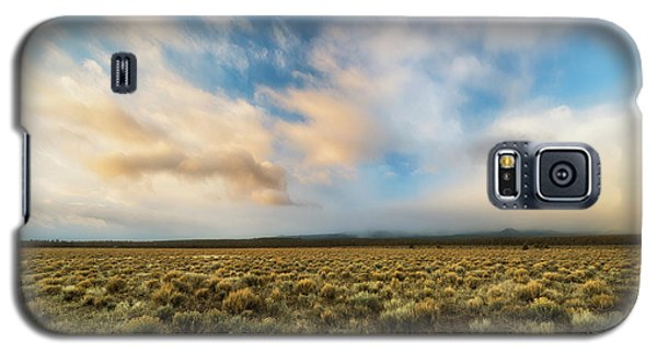 Galaxy S5 Case featuring the photograph High Desert Morning by Ryan Manuel