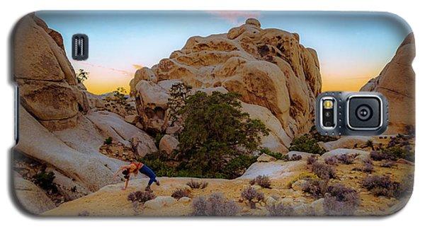High Desert Pose Galaxy S5 Case