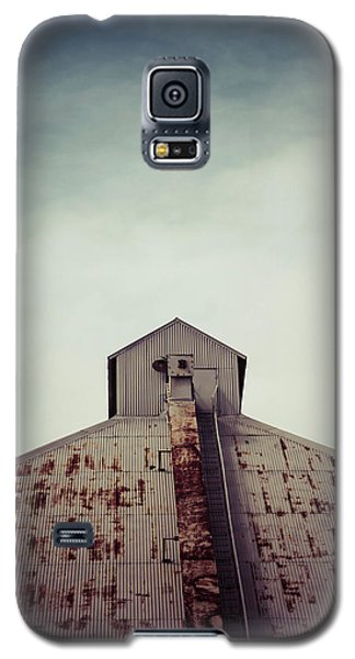 Galaxy S5 Case featuring the photograph High View by Trish Mistric