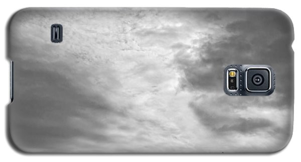 Galaxy S5 Case featuring the photograph Hikers Under The Clouds by Joe Bonita