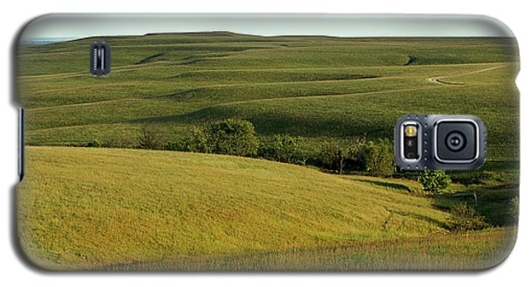 Galaxy S5 Case featuring the photograph Hills Of Kansas by Thomas Bomstad