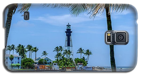 Galaxy S5 Case featuring the photograph Hillsboro Inlet Lighthouse by Louis Ferreira