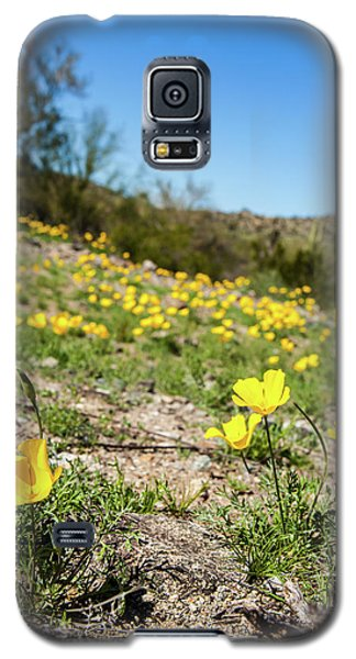 Galaxy S5 Case featuring the photograph Hillside Flowers by Ed Cilley
