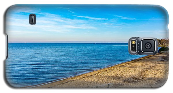 Galaxy S5 Case featuring the photograph Hillsmere Beach On The Chesapeake by Charles Kraus