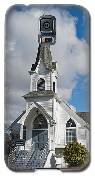 Galaxy S5 Case featuring the photograph Historic 1904 Lutheran Church by Jeff Goulden