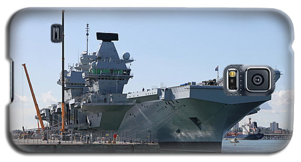 Hms Queen Elizabeth Aircraft Carrier At Portmouth Harbour Galaxy S5 Case