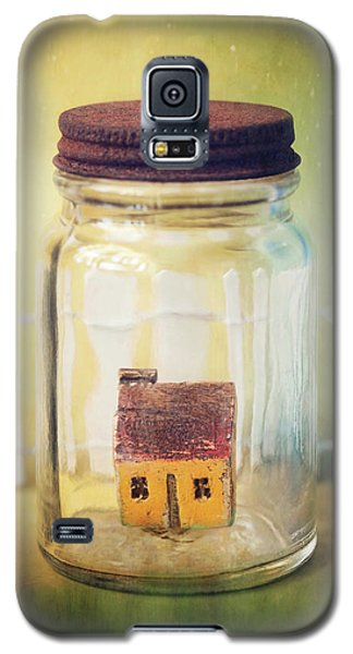 Galaxy S5 Case featuring the photograph Home Sweet Home by Amy Weiss