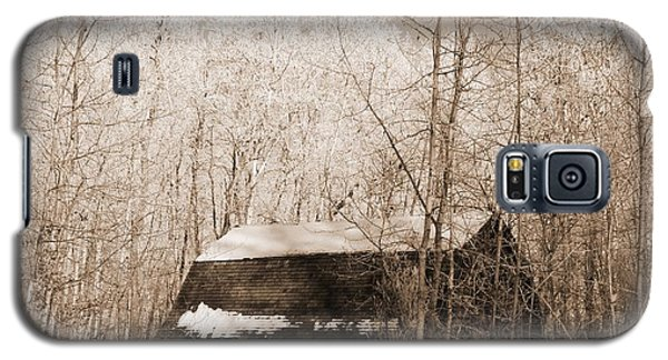 Galaxy S5 Case featuring the photograph Homestead by Pat Purdy