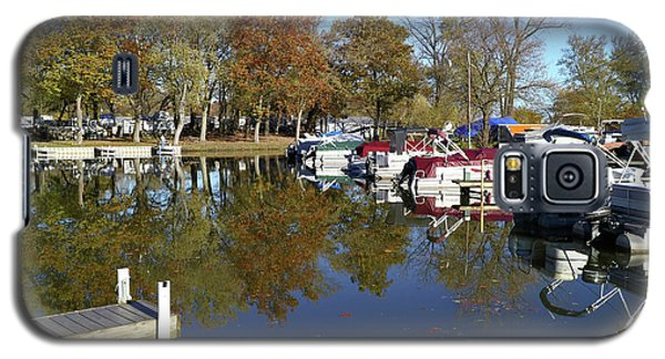 Hometown Marina In Autumn Galaxy S5 Case by Scott Kingery