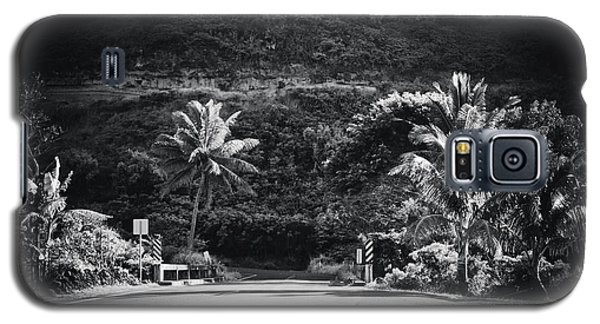 Galaxy S5 Case featuring the photograph Honokohau Maui Hawaii by Sharon Mau