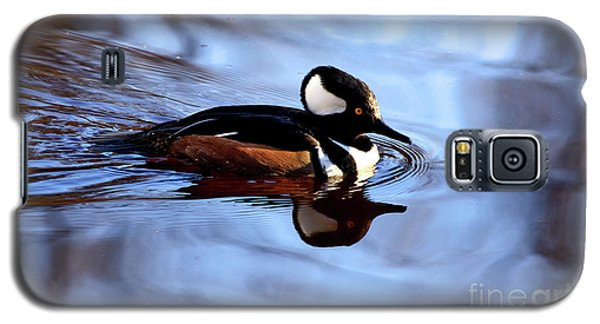 Galaxy S5 Case featuring the photograph Hooded Merganser In Stanley Park by Terry Elniski
