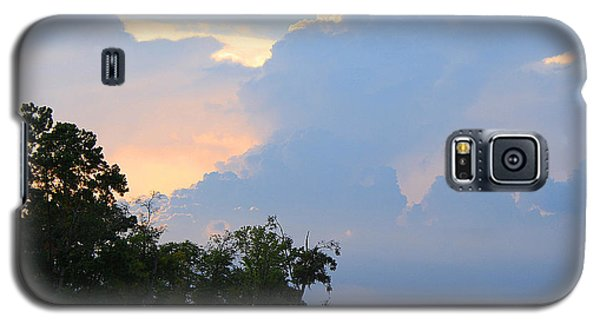 Galaxy S5 Case featuring the photograph Hoping For An Evening Shower by Roena King