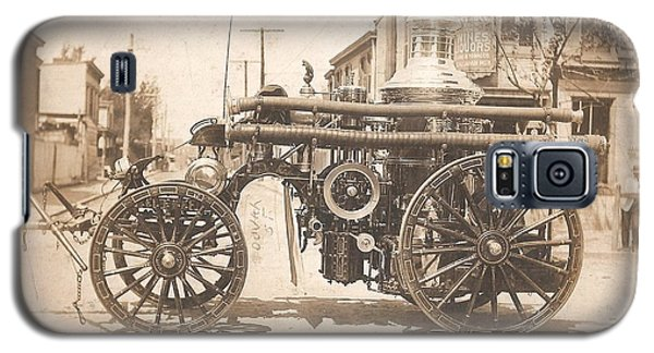 Horse Drawn Fire Engine 1910 Galaxy S5 Case by Virginia Coyle