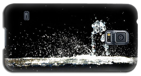 Horses And Men In Rain Galaxy S5 Case