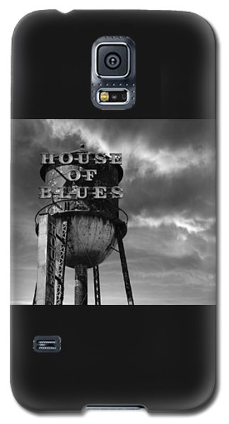 Galaxy S5 Case featuring the photograph House Of Blues B/w by Laura Fasulo