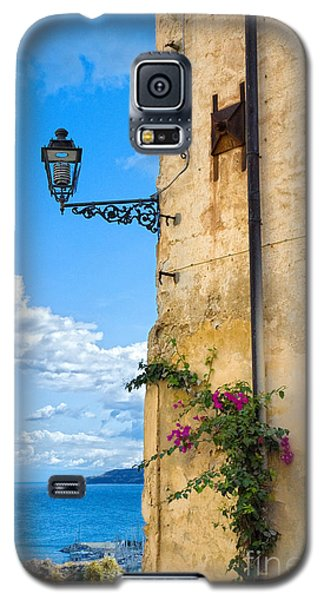 House With Bougainvillea Street Lamp And Distant Sea Galaxy S5 Case