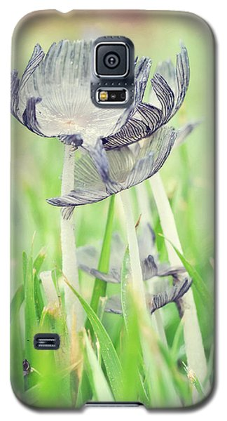 Huddled Galaxy S5 Case