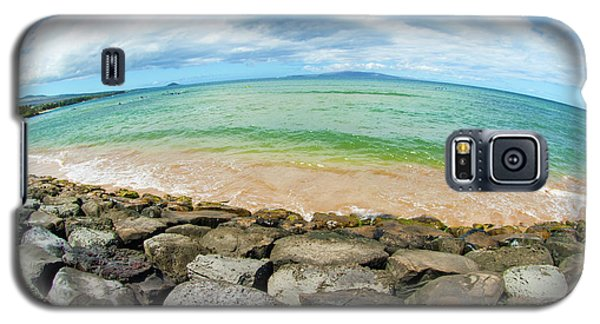 Galaxy S5 Case featuring the photograph Huge Wikiki Beach by Micah May