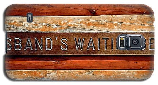 Husband's Waiting Bench - Denali National Park Galaxy S5 Case