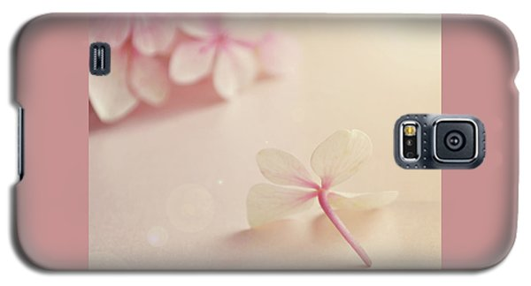 Galaxy S5 Case featuring the photograph Hydrangea Flower by Lyn Randle