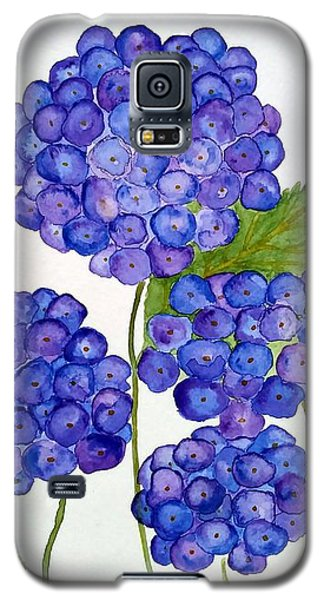 Galaxy S5 Case featuring the painting Hydrangea by Reina Resto