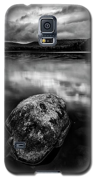 Galaxy S5 Case featuring the photograph I Am A Rock by Mike Lang