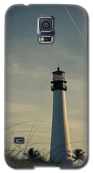 Galaxy S5 Case featuring the photograph I Guess The Time Was Right For Us by Yvette Van Teeffelen