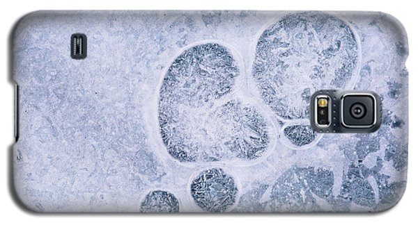 Galaxy S5 Case featuring the photograph Ice Pattern Three by Davorin Mance