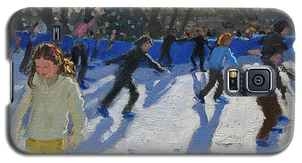 Ice Skaters At Christmas Fayre In Hyde Park  London Galaxy S5 Case