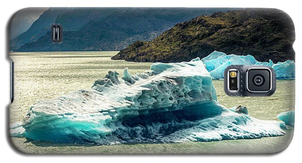 Galaxy S5 Case featuring the photograph Iceberg by Andrew Matwijec