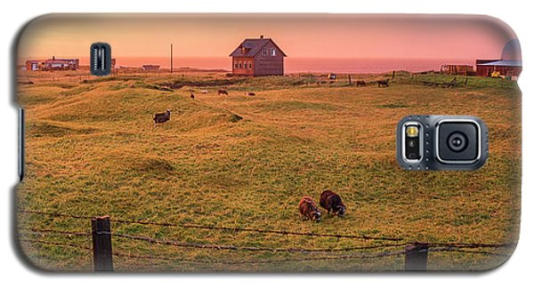 Galaxy S5 Case featuring the photograph Icelandic Farm During Sunset by Brad Scott