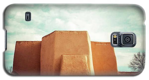 Galaxy S5 Case featuring the photograph Iconic Church In Taos by Marilyn Hunt