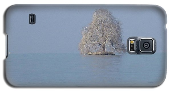 Icy Isolation Galaxy S5 Case