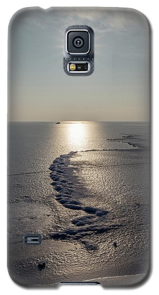 Galaxy S5 Case featuring the photograph Icy World by Davorin Mance