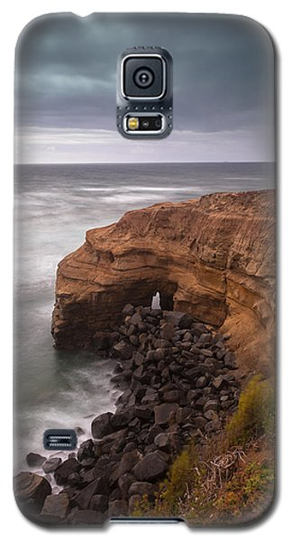 Galaxy S5 Case featuring the photograph Idle Times by Ryan Weddle