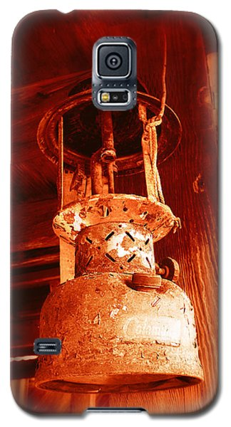 Galaxy S5 Case featuring the photograph If The Lantern Could Speak by Glenn McCarthy