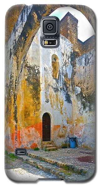 Galaxy S5 Case featuring the photograph If These Walls Could Speak by John Bartosik