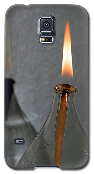 Galaxy S5 Case featuring the digital art Impossible Shadow Oil Lamp by Jana Russon
