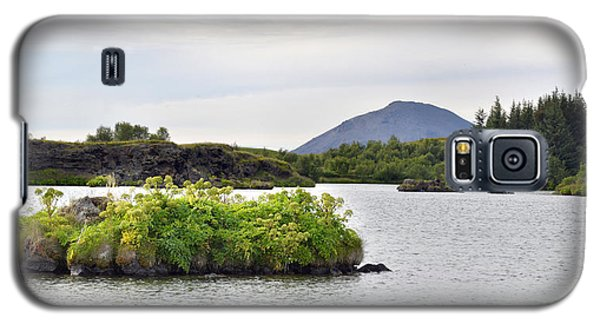 Galaxy S5 Case featuring the photograph In An Iceland Lake by Joe Bonita