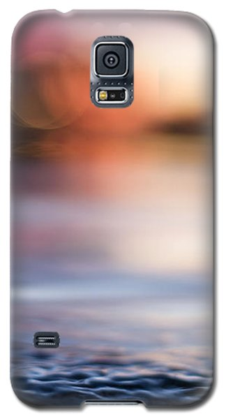 Galaxy S5 Case featuring the photograph In-between Days by Laura Fasulo