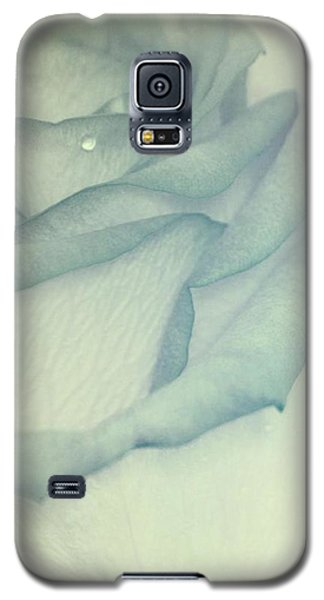 In Heavenly Cloud Galaxy S5 Case by The Art Of Marilyn Ridoutt-Greene