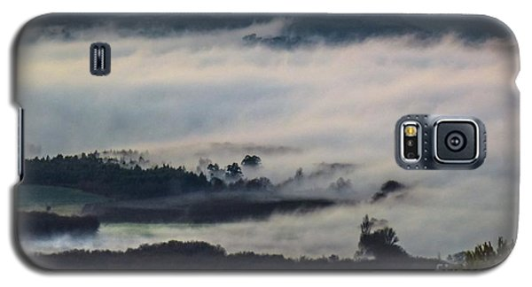 In The Mist 2 Galaxy S5 Case by Jean Bernard Roussilhe