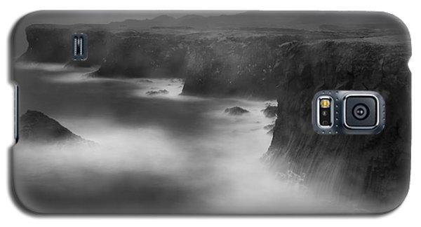 In The Storm 5 Galaxy S5 Case by Gunnar Orn Arnason