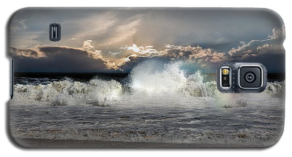 Incoming Tide Galaxy S5 Case