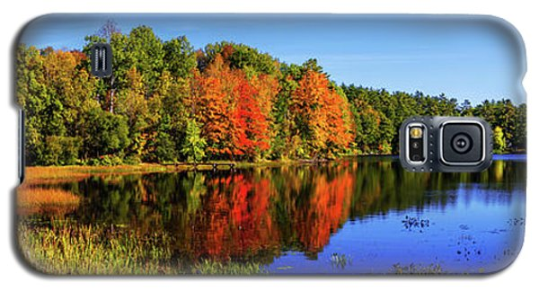 Galaxy S5 Case featuring the photograph Incredible Pano by Chad Dutson