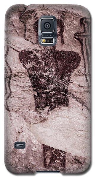 Indian Shaman Rock Art Galaxy S5 Case by Gary Whitton