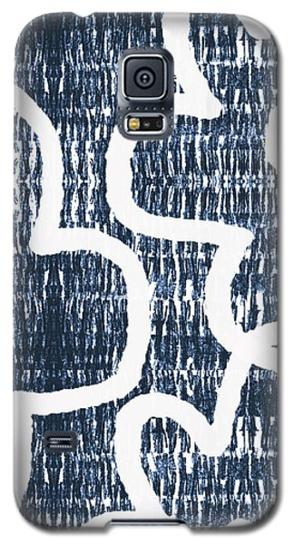 Galaxy S5 Case featuring the mixed media Indigo And White Jumbo Flowers- Art By Linda Woods by Linda Woods