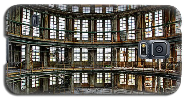 Galaxy S5 Case featuring the photograph Industrial Heritage - Urban Exploration by Dirk Ercken