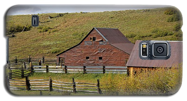 Galaxy S5 Case featuring the photograph Infamous Ranch - True Grit by Marta Alfred